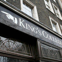 sign pointing to King's College