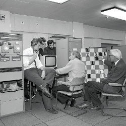 IBM 360/195 playing chess