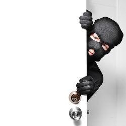101013_Shutterstock_burglar.large.jpg?1381425957&1381425956