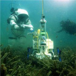 Robotic vehicle underwater