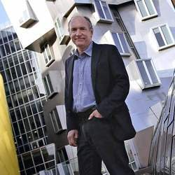 """Sir Tim Berners-Lee, who in March called for the regulation of online political advertising to prevent it from being used in """"unethical ways."""""""