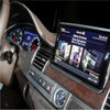 Despite Risks, Internet Creeps Onto Car Dashboards