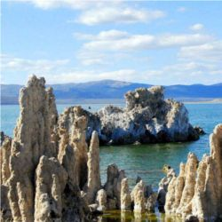 Tufas in Mono Lake, CA