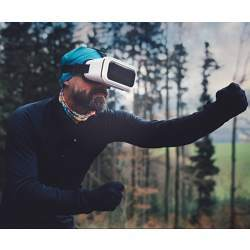 Virtual reality can improve exercise performance.