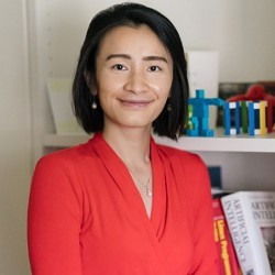 Dartmouth Associate Professor Xia Zhou