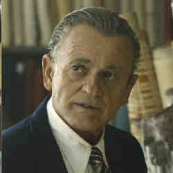 "Actor Joe Pesci appears younger in ""The Irishman,"" thanks to digital visual effects."