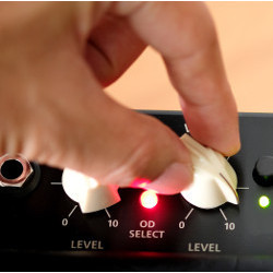 hand turning knobs on console