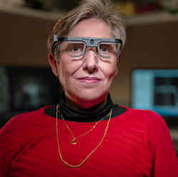 Scientists Enable Blind Woman to See Simple Shapes Using Brain Implant